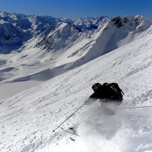 Descente du Pic du Midi de Bigorre versant Oncet