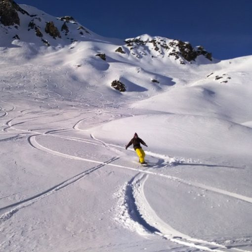 snowboarder au pic du midi